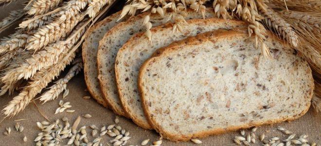 Стоит ли есть хлеб при гастрите: польза и вред