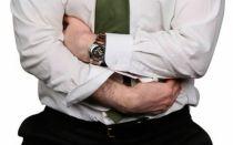 Причины появления спазмов в желудке после еды